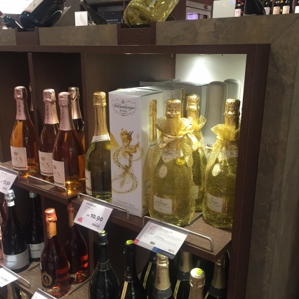 Wine shopping at Frankfurt airport