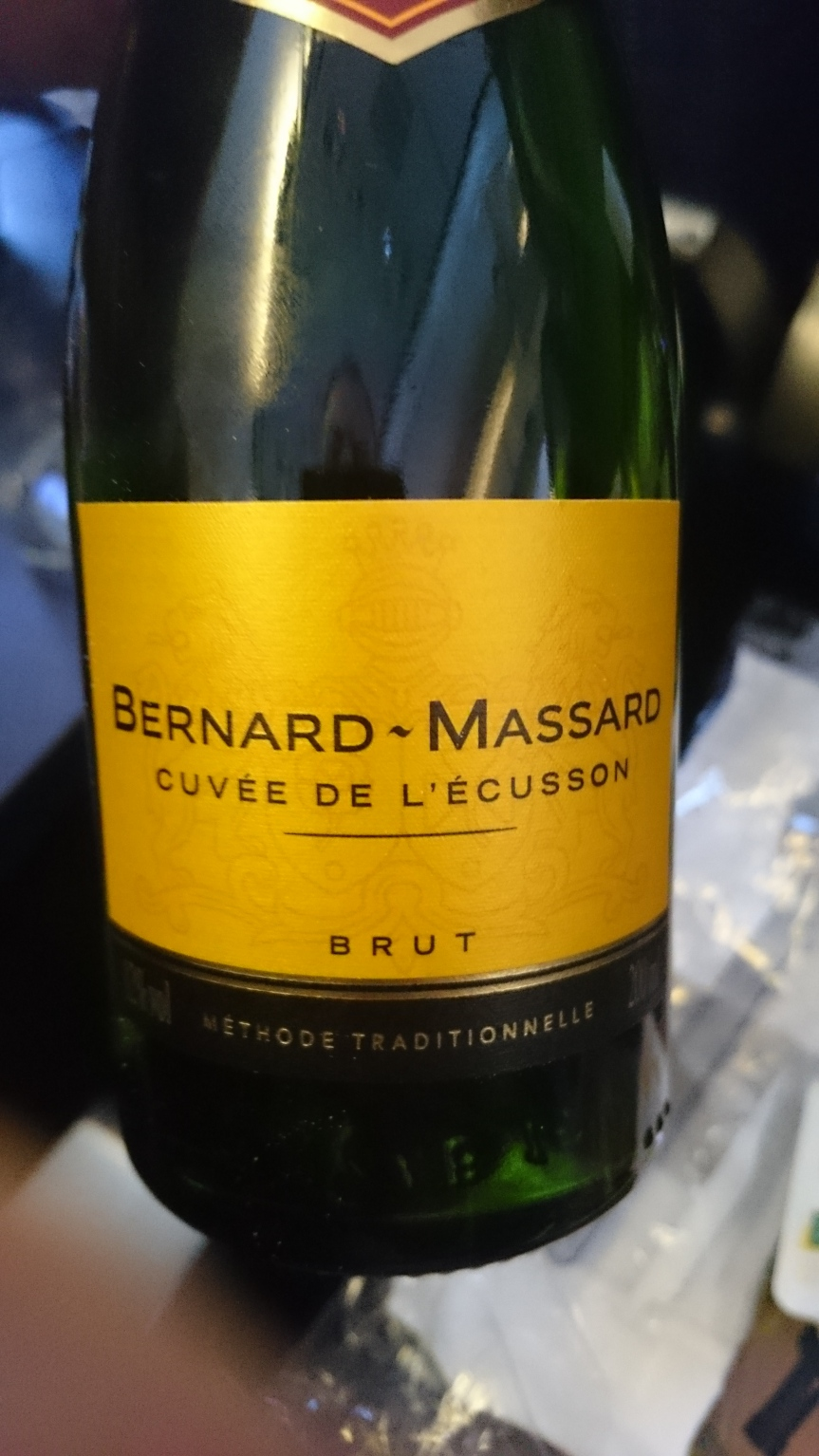 High-flying wine: Review of sparkling wine Bernard-Massard served on SAS flight