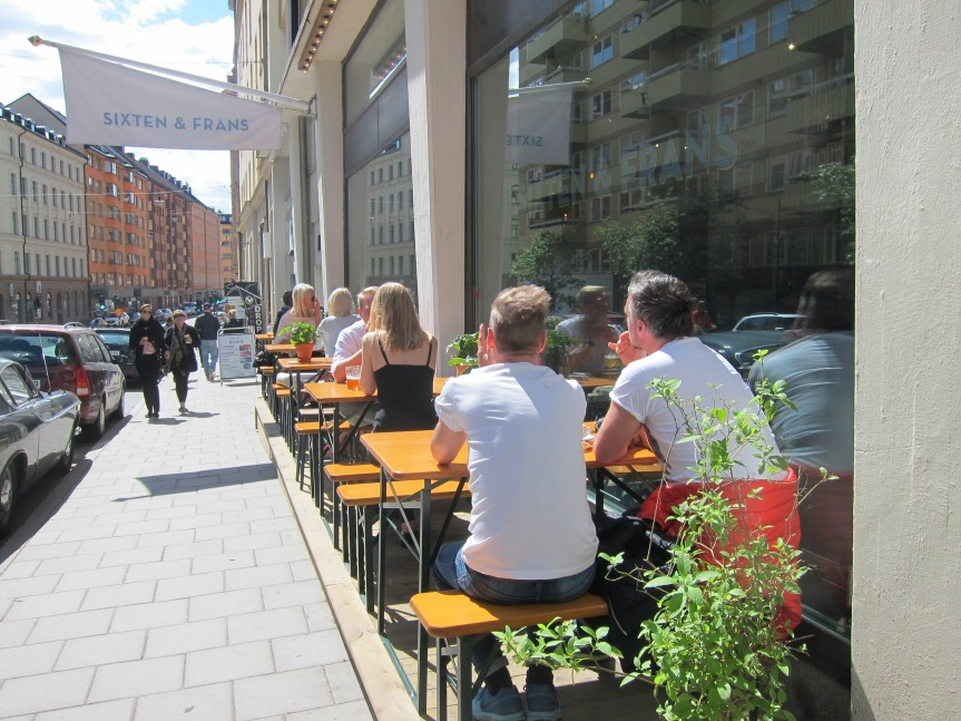 Optimists enjoying the weather in Stockholm