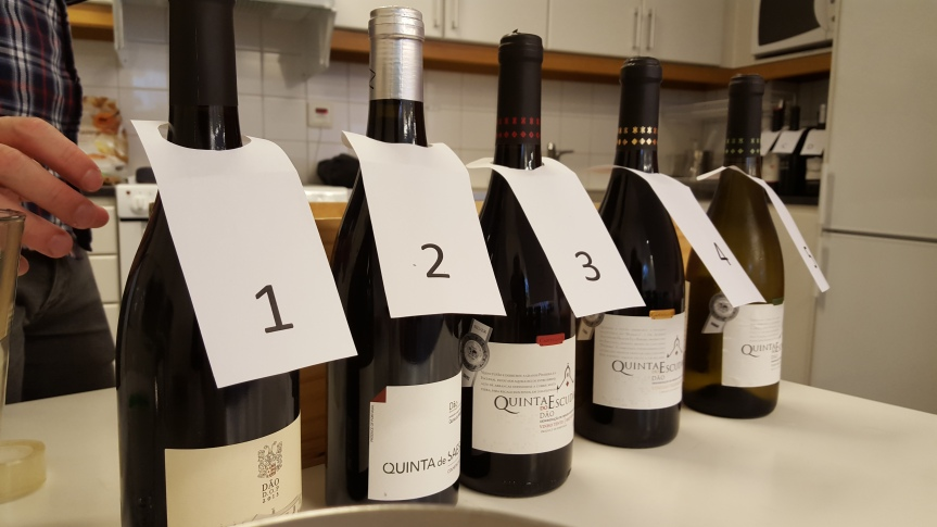 Our tasting reds clearly numbered for easy recognition